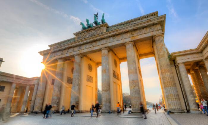 קופון לחופשה בברלין, כולל חגים חבילה הכוללת טיסות, העברות ו