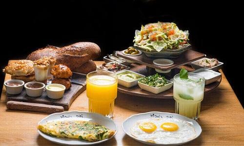 ארוחת בוקר לזוג, קפה נמרוד, תל אביב