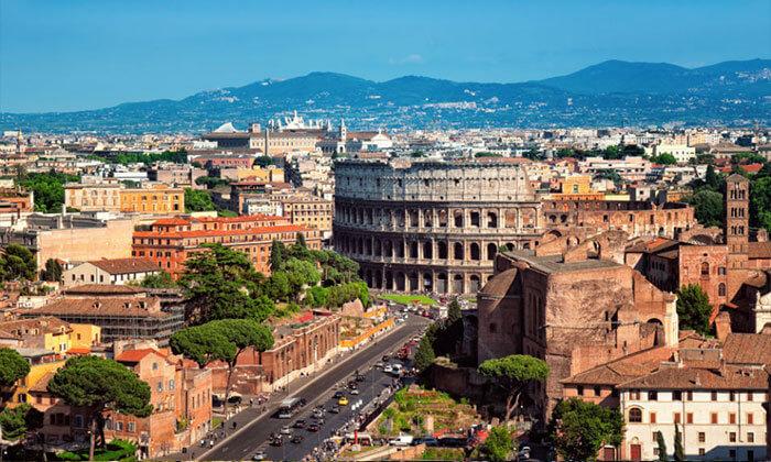 """מאורגן לרומא ודרומה, כולל חגים רומא, נאפולי, סורנטו ועוד: טיול 5 ימים מלאים ע""""ב לינה וארוחת בוקר, כולל טיסות, מלון, מדריך וסיורים, החל מ-2,499 ₪ לאדם!"""