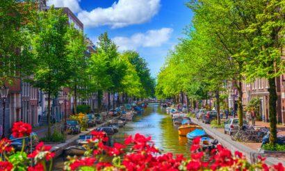 אסמטרדם דילים הרגע האחרון, אמסטרדם דילים הדקה ה- 90